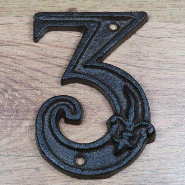 Hausnummer Nummer Nummern Ziffern Ziffer Zahl Zahlen Gusseisen Lilie DB62-3